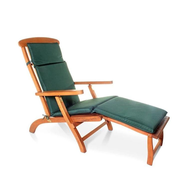 Steamer Chair with Optional Green Cushion